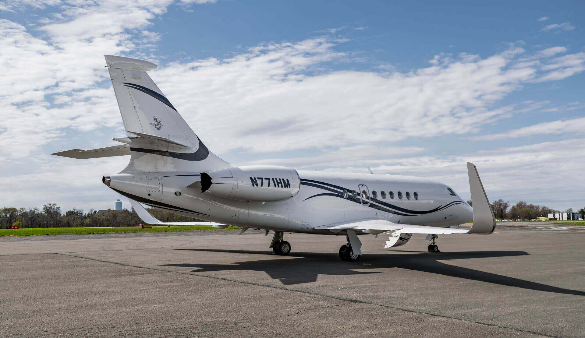 Aircraft Reservation Falcon 2000LXS