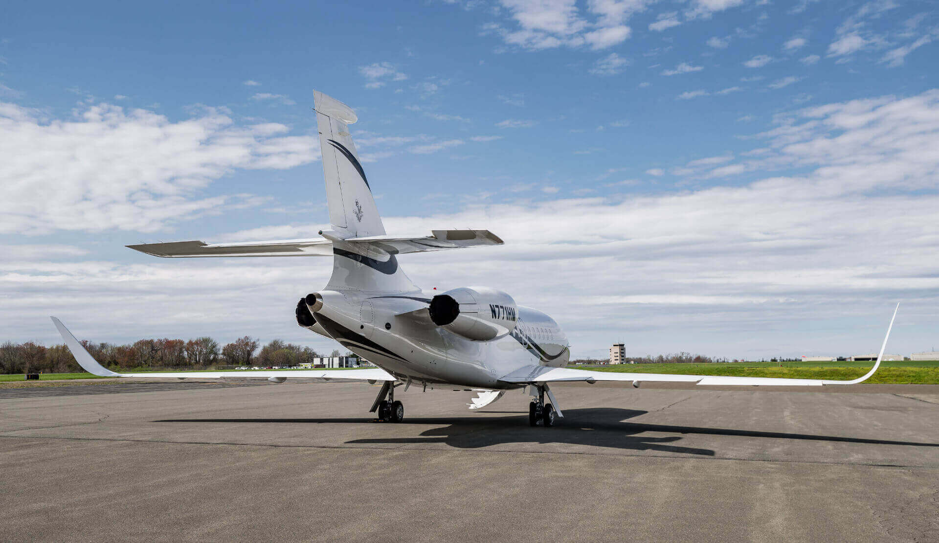 Falcon 2000LXS - Aviation Charters