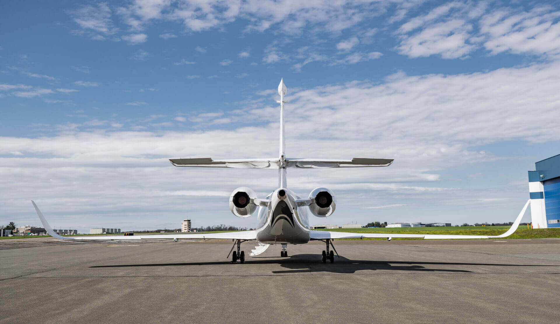 Aircraft Reservation - Falcon 2000LXS Jet