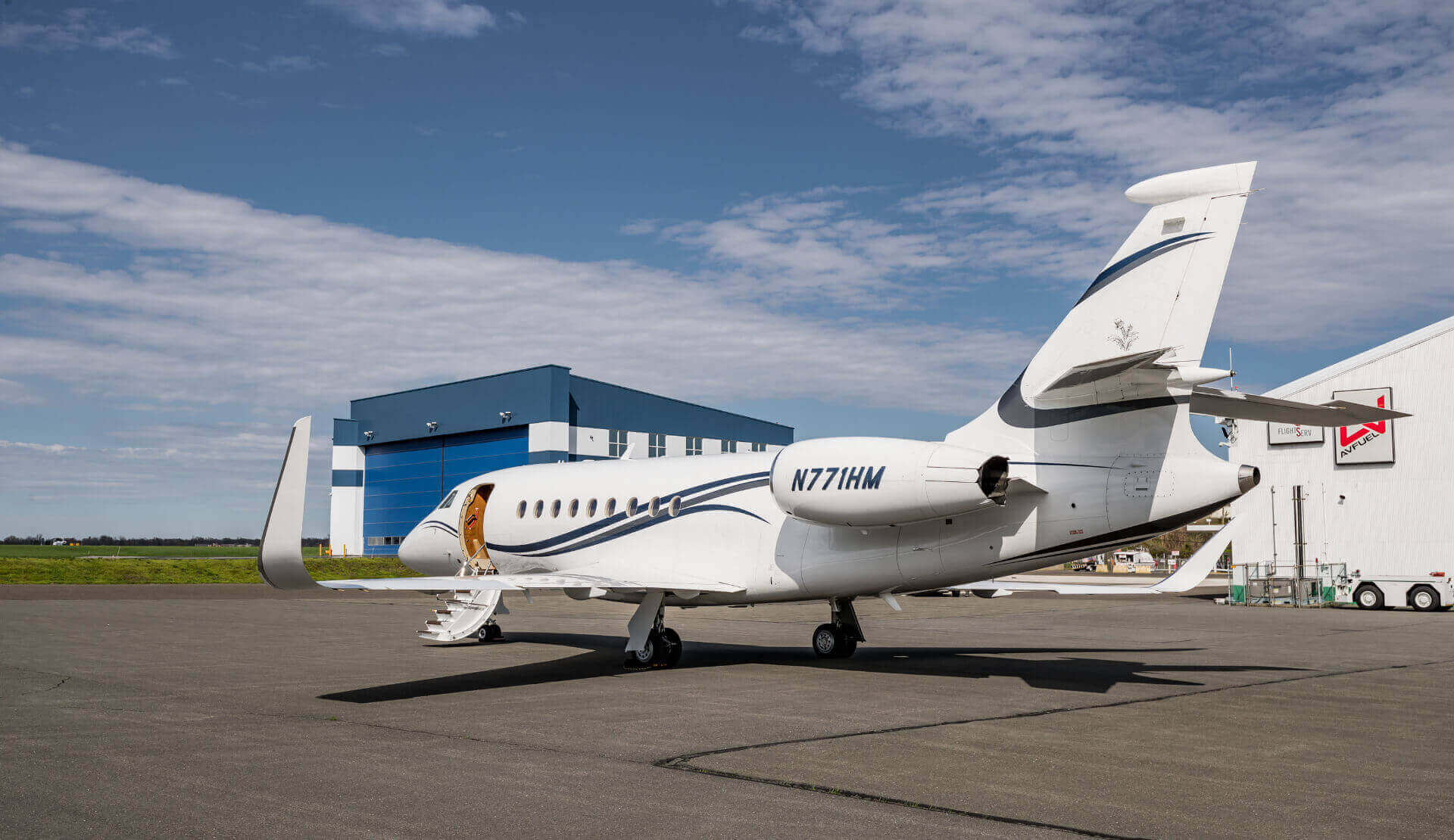 Falcon 2000 charter - Aviation Charters
