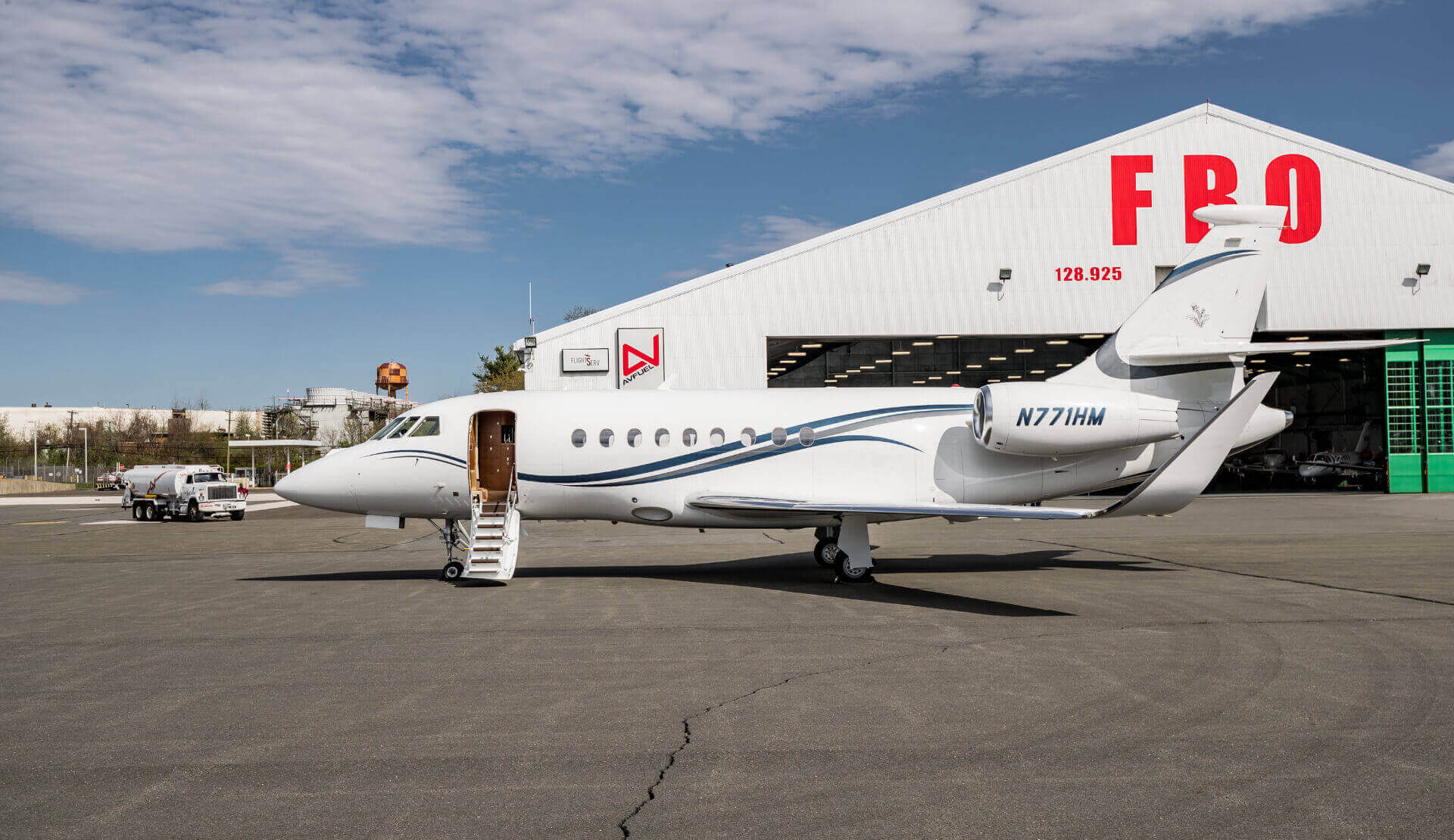 Aviation Charters - Falcon 2000LXS Jet